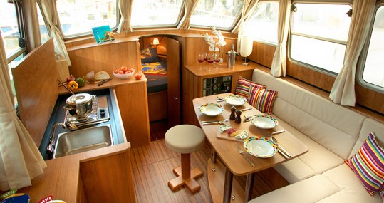 Boat rental Linssen Linssen 30.9AC in Capestang on Samboat