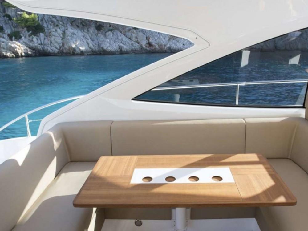 Boat rental Fairline Targa 50 GT in Palma on Samboat