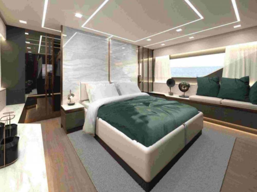 Boat rental Palma cheap Explorer 62