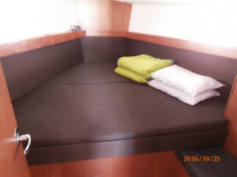Boat rental Bavaria Cruiser 37 in Lefkada (Island) on Samboat