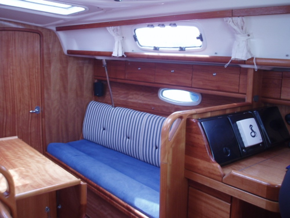 Boat rental Lefkada cheap Bavaria 33 Cruiser