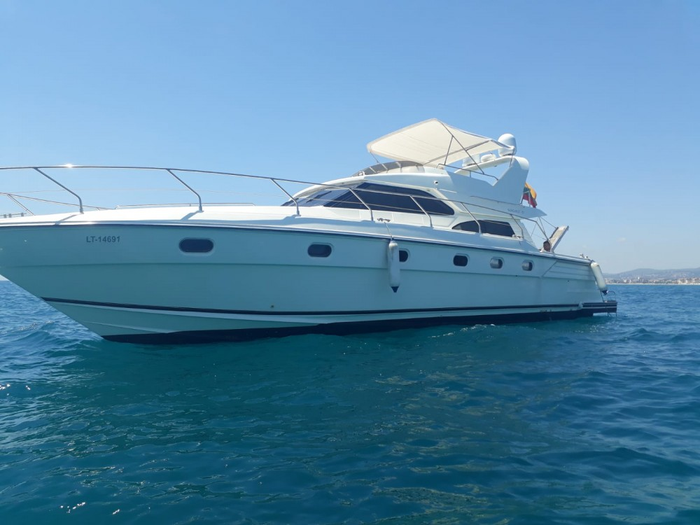 Motorboat for rent Calafell at the best price