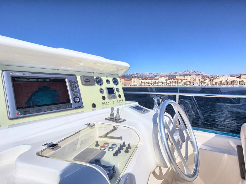 Rental Yacht in Marina Kaštela - Ferreti Ferretti 620
