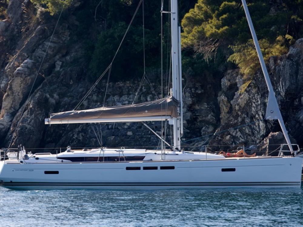Rent a Jeanneau Sun Odyssey 509 Palma de Majorque