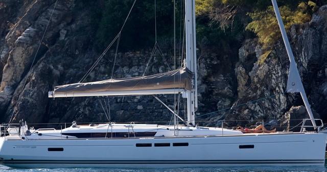 Rent a Jeanneau Sun Odyssey 509 Palma de Mallorca