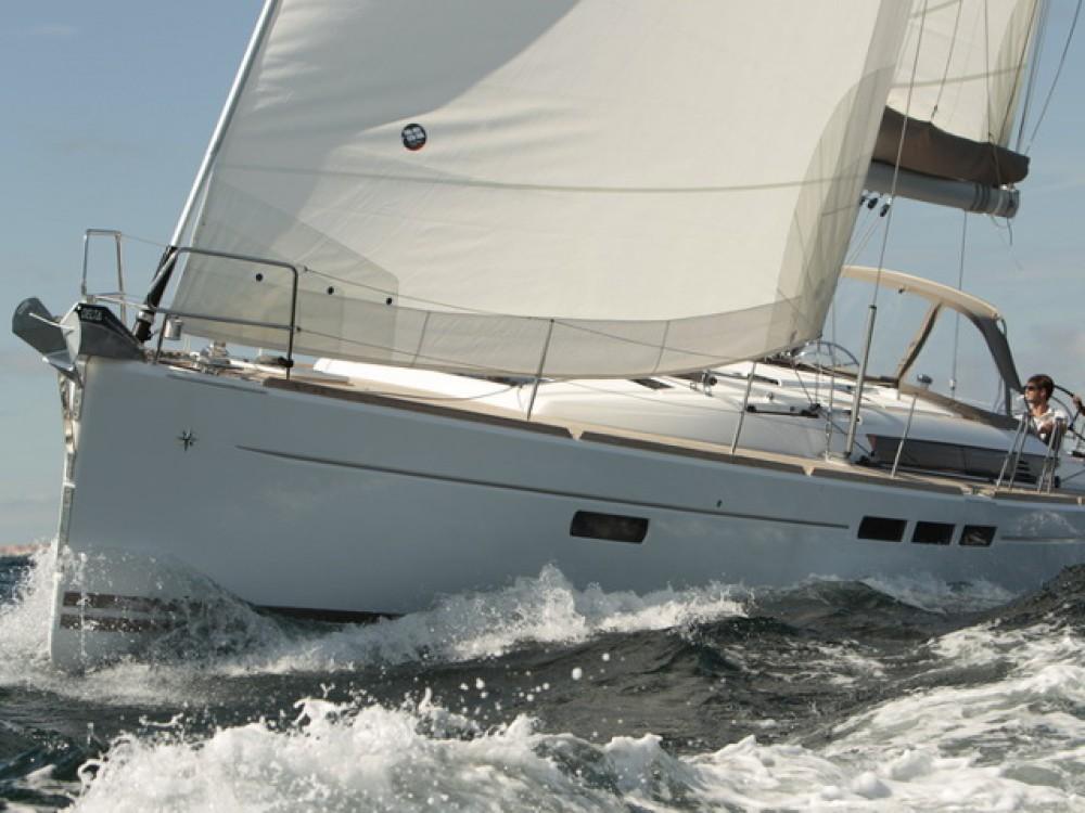 Hire Sailboat with or without skipper Jeanneau Palma de Majorque