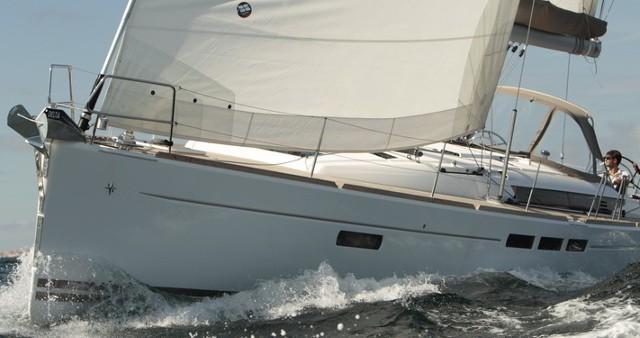 Boat rental Palma de Mallorca cheap Sun Odyssey 509