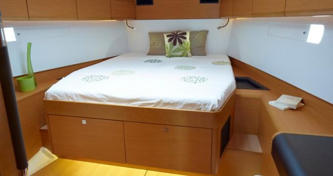Rental Sailboat in Palma de Mallorca - Jeanneau Sun Odyssey 509