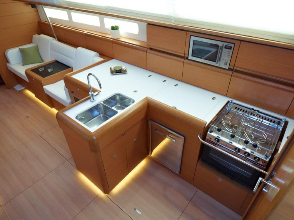 Boat rental Palma de Majorque cheap Sun Odyssey 509