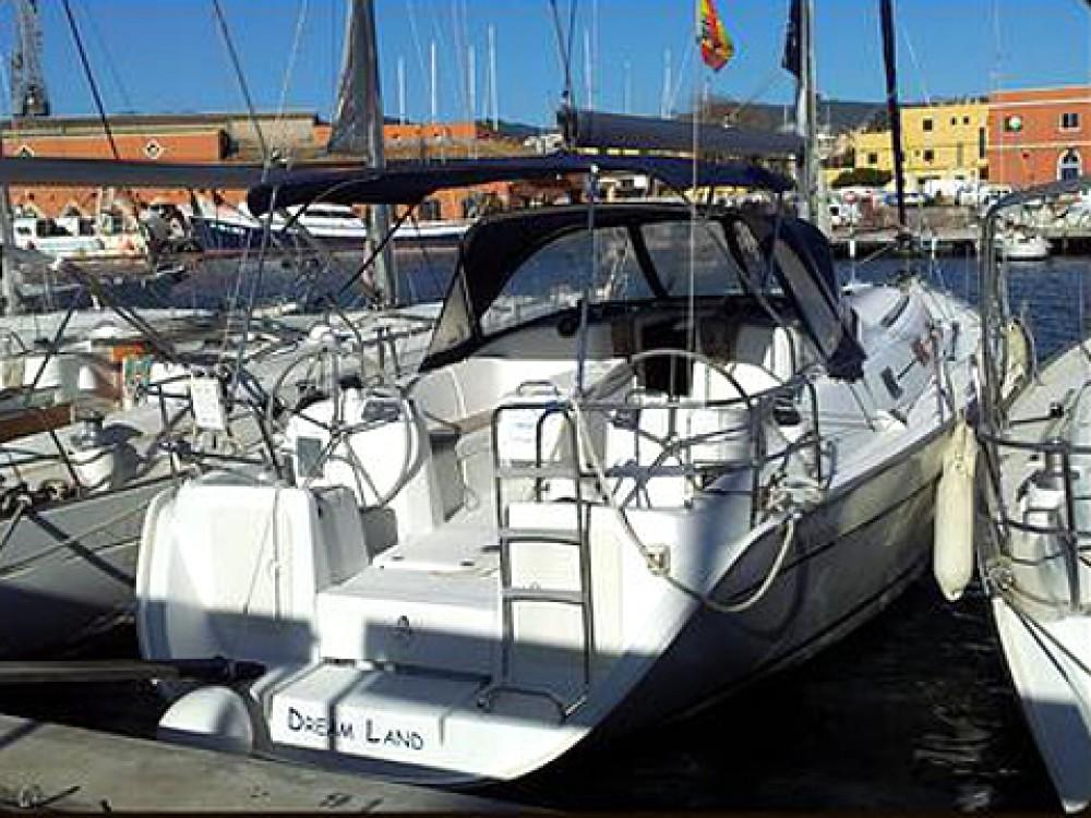 Boat rental Bénéteau Cyclades 39 in Palma on Samboat