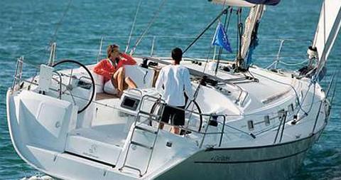 Boat rental Bénéteau Cyclades 39 in Palma de Mallorca on Samboat