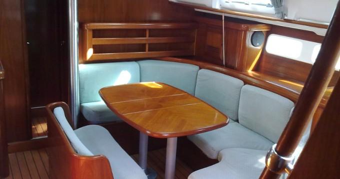Rental yacht Palma de Mallorca - Bénéteau Oceanis 411 on SamBoat