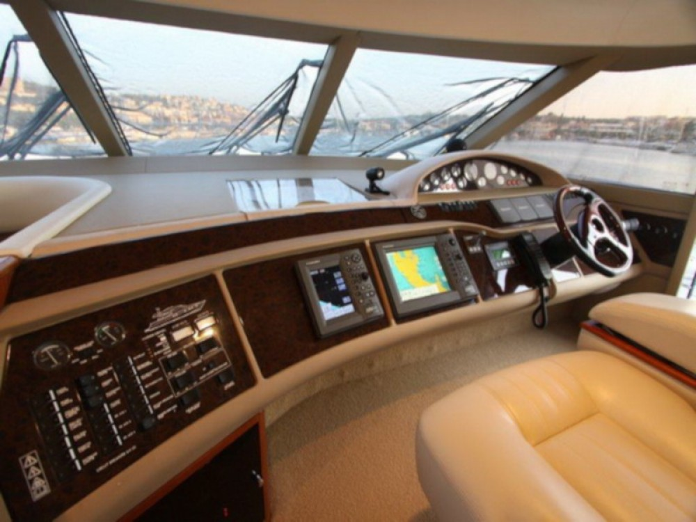 Yacht for rent Çeşme at the best price