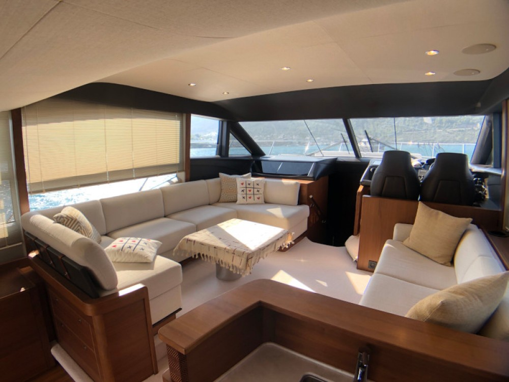 Rental Motorboat in Bodrum - Princess Princess 52 Fly