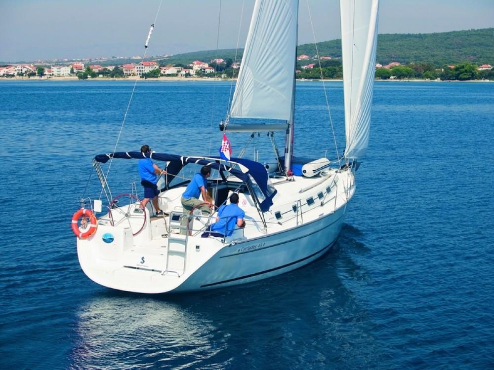 Rental Sailboat in Sukošan - Bénéteau CYCLADES 43.4 BT