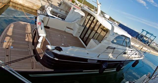 Rental yacht Sukošan - Sas Vektor ADRIANA 36 BT (11) on SamBoat