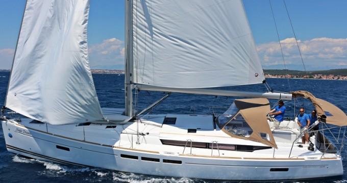 Rental Sailboat in Sukošan - Jeanneau SUN ODYSSEY 509 BT