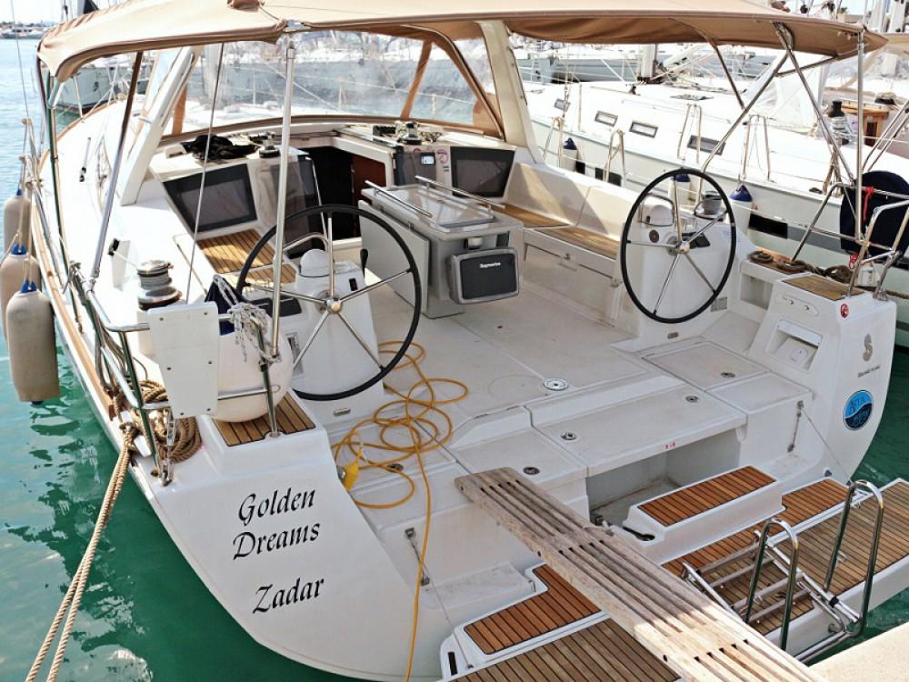 Rental Sailboat in Općina Sukošan - Bénéteau OCEANIS 45 BT