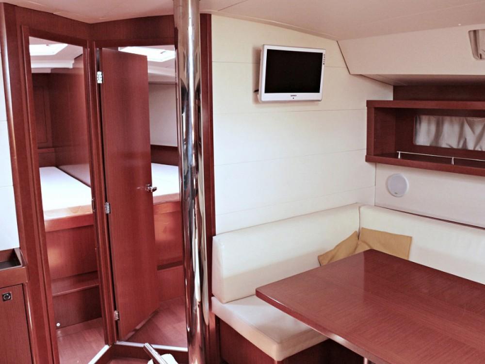 Hire Sailboat with or without skipper Bénéteau Općina Sukošan