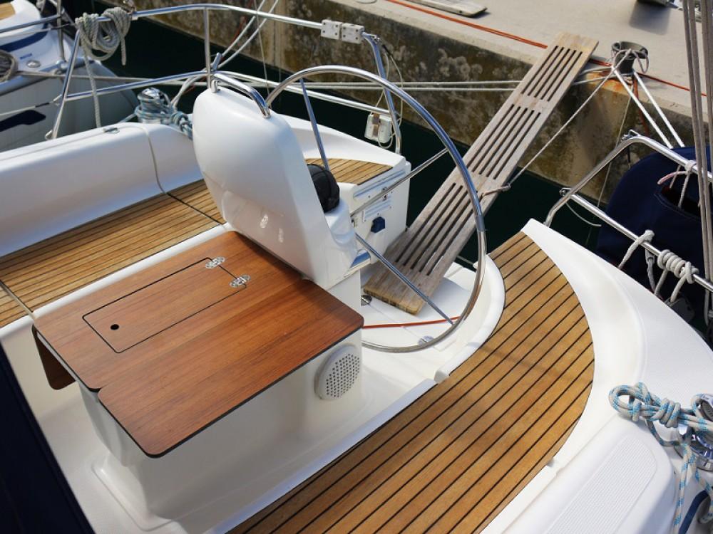 Boat rental Sukošan cheap BAVARIA 33 C