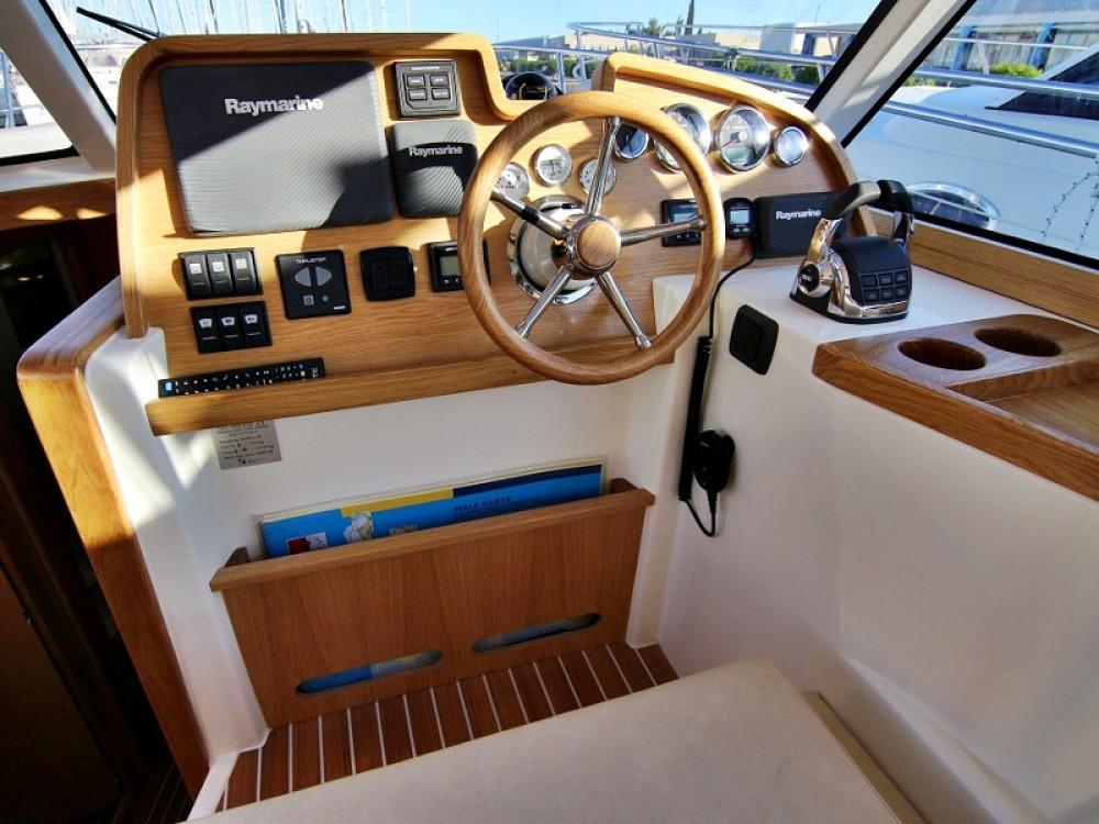 Rental yacht  - Sas Vektor ADRIANA 36 BT (16) on SamBoat