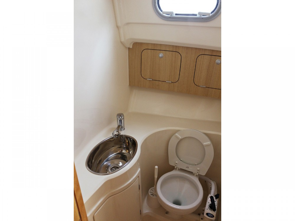 Hire Motorboat with or without skipper Sas Vektor