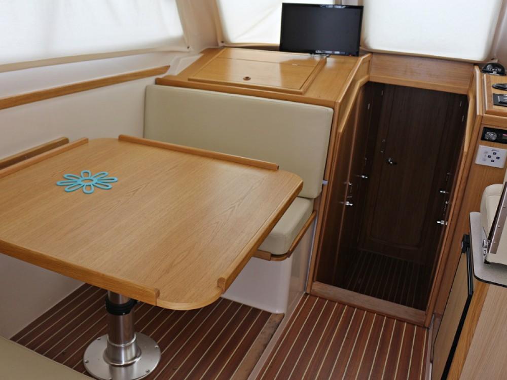 Boat rental Sas Vektor ADRIA 1002V BT (14) in  on Samboat