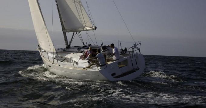 Hire Sailboat with or without skipper Bénéteau Sukošan