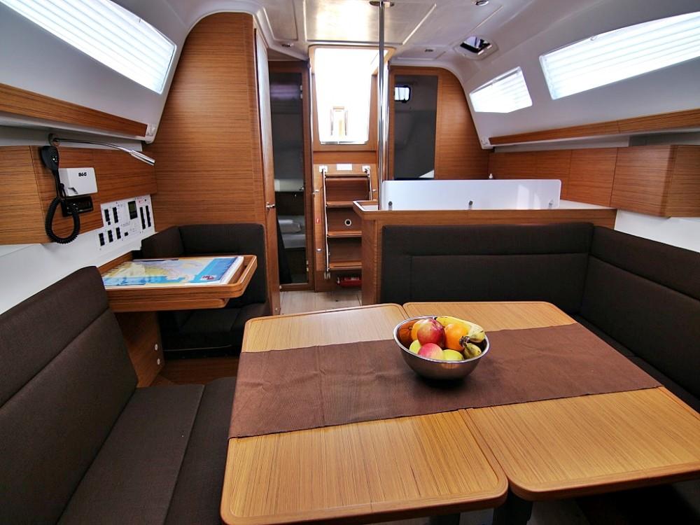 Rental yacht Sukošan - Elan ELAN 40 Impression BT on SamBoat
