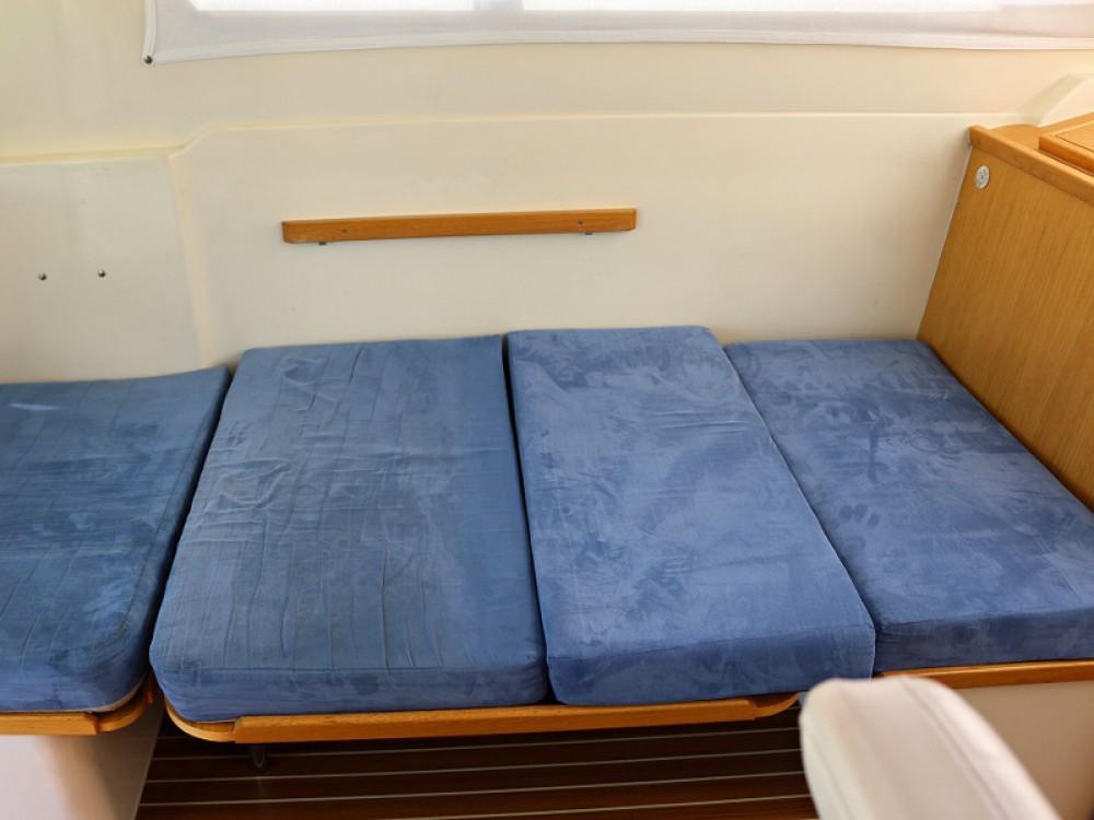 Boat rental Sukošan cheap ADRIA 1002V BT (11)