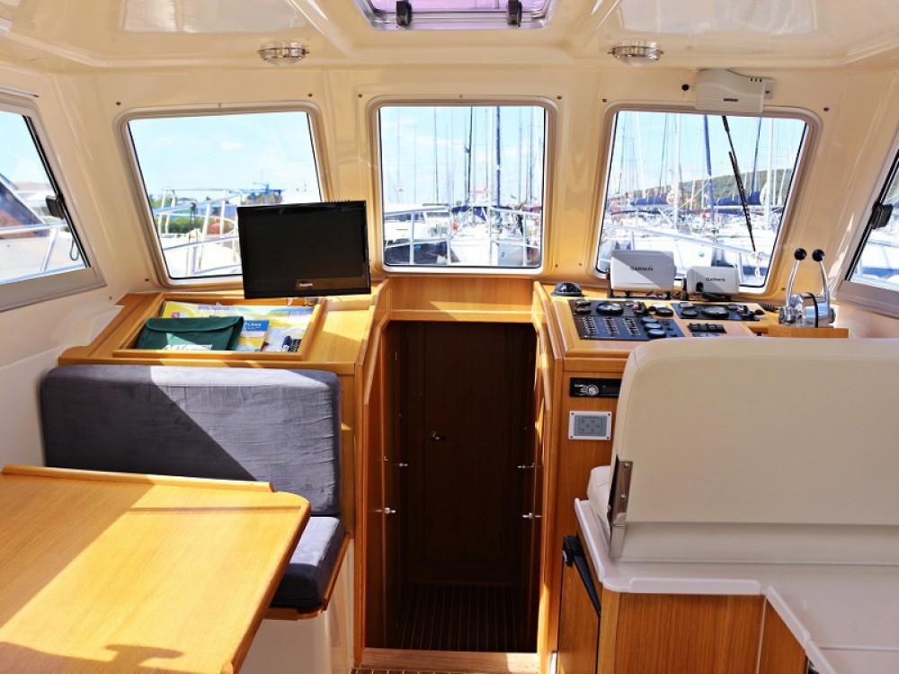 Rental yacht Sukošan - Sas Vektor ADRIA 1002V  BT (12) on SamBoat