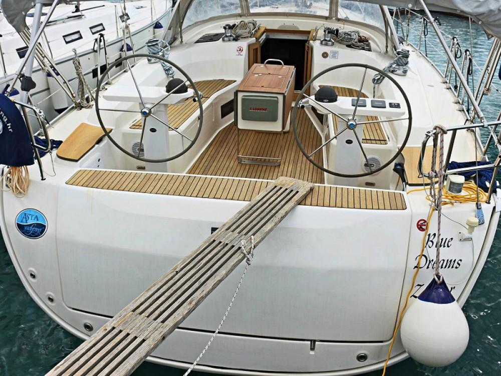 Rental Sailboat in  - Bavaria BAVARIA C 45 BT