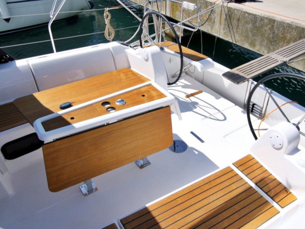 Boat rental Sukošan cheap DUFOUR 382 BT