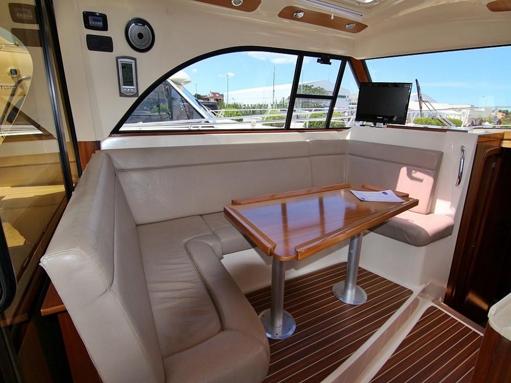 Rental Motorboat in Sukošan - Sas Vektor ADRIANA 44 BT (12)