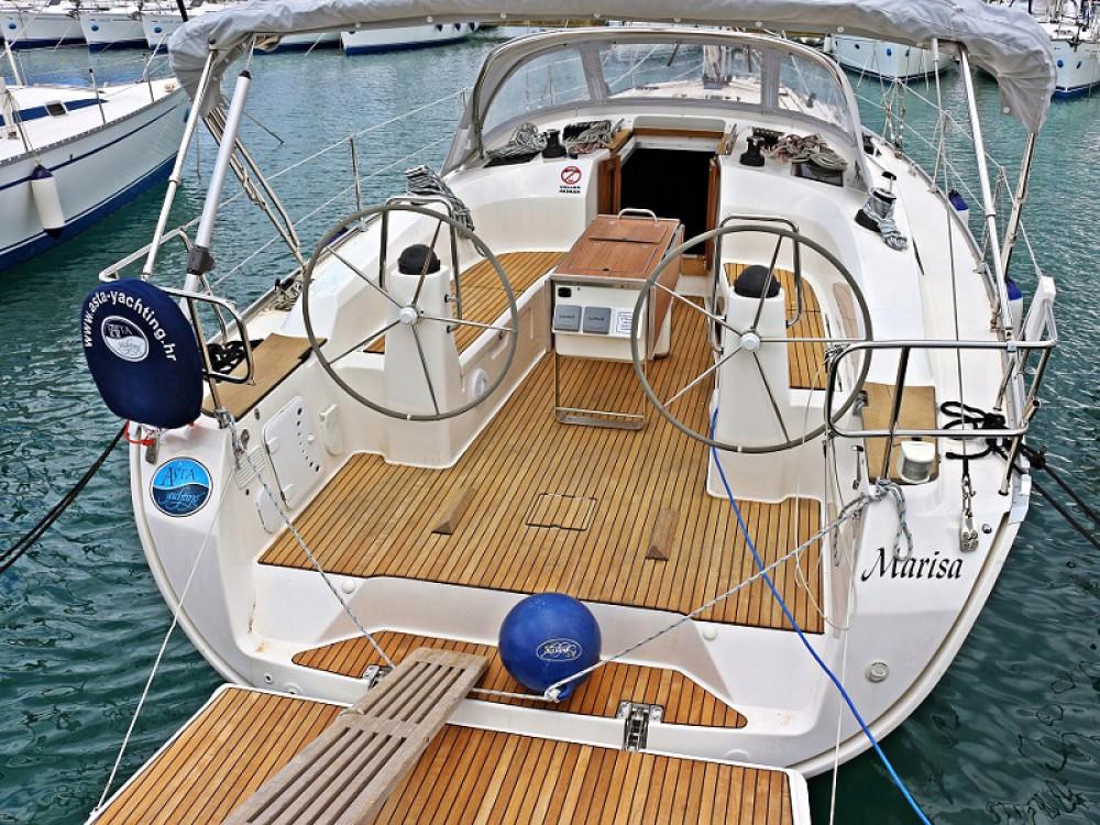 Boat rental Bavaria BAVARIA C 40 BT in  on Samboat