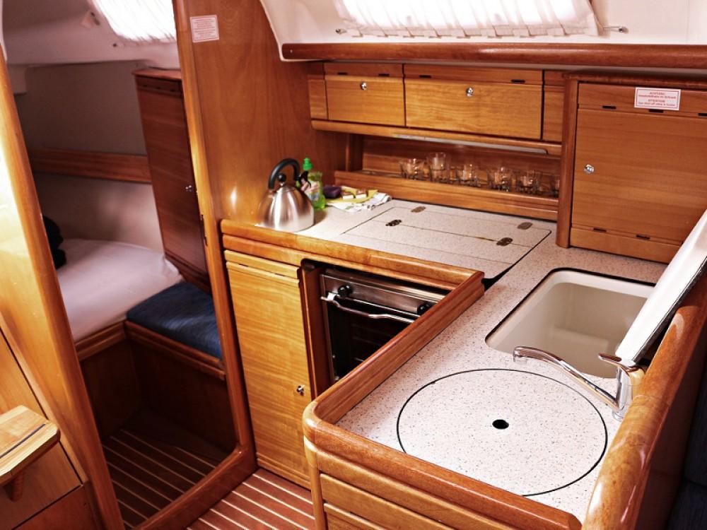 Rental yacht  - Bavaria BAVARIA 33 C  on SamBoat
