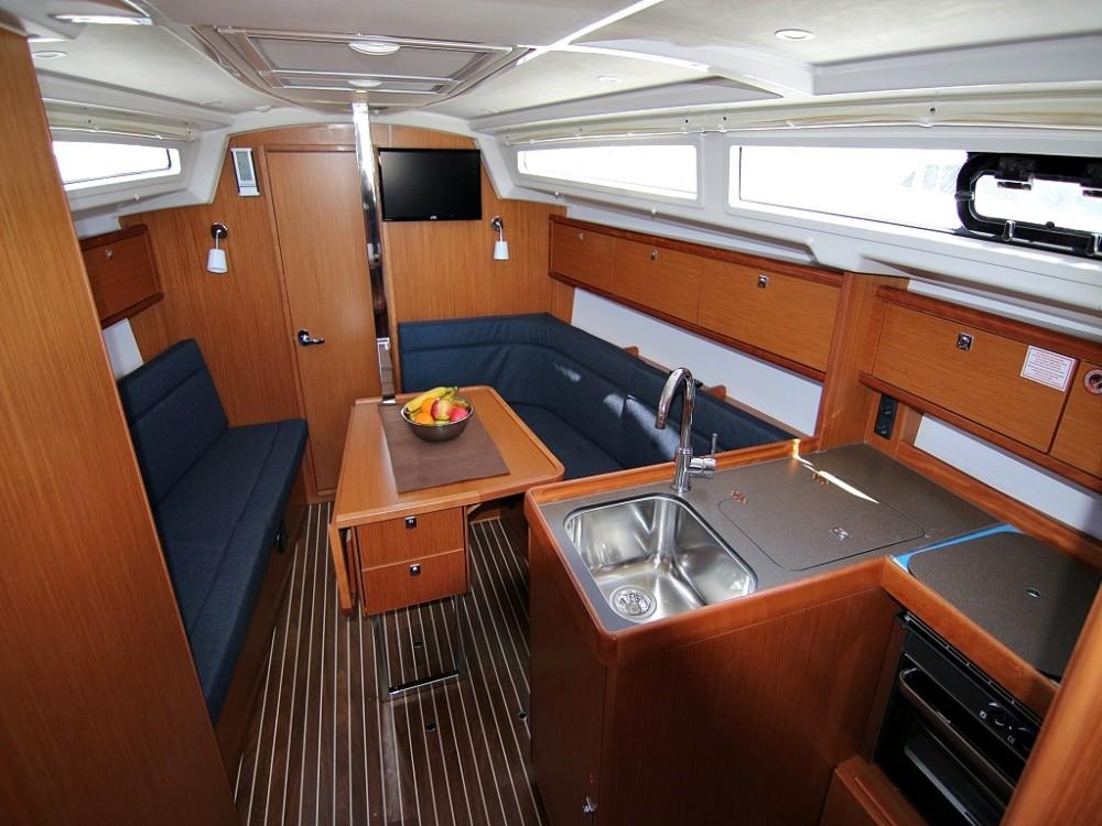 Rental yacht Sukošan - Bavaria BAVARIA C 34  on SamBoat