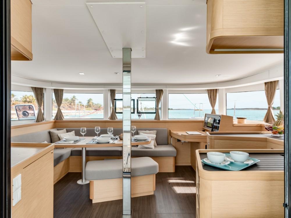 Hire Catamaran with or without skipper Lagoon ACI marina Pomer