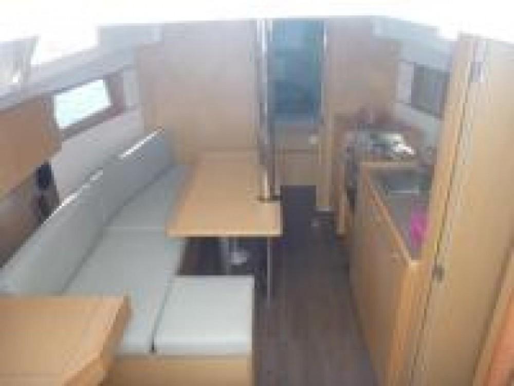 Rental Sailboat in Pomer - Bénéteau Oceanis 35