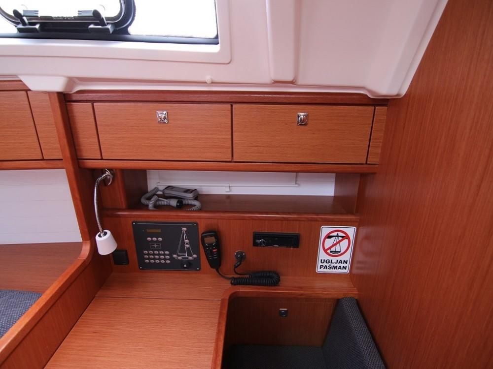 Rental Sailboat in Sukošan - Bavaria BAVARIA C 41 BT