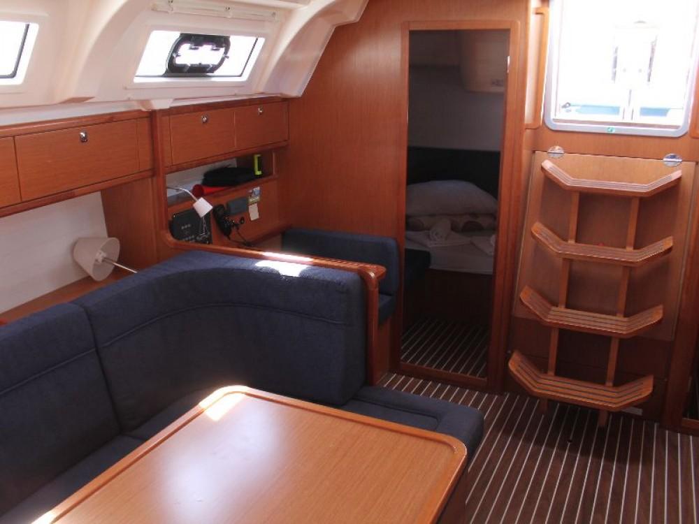 Rental Sailboat in Primošten - Bavaria Bavaria Cruiser 41