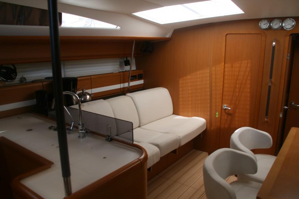 Boat rental Jeanneau Jeanneau 53 (4cab) in Skradin on Samboat