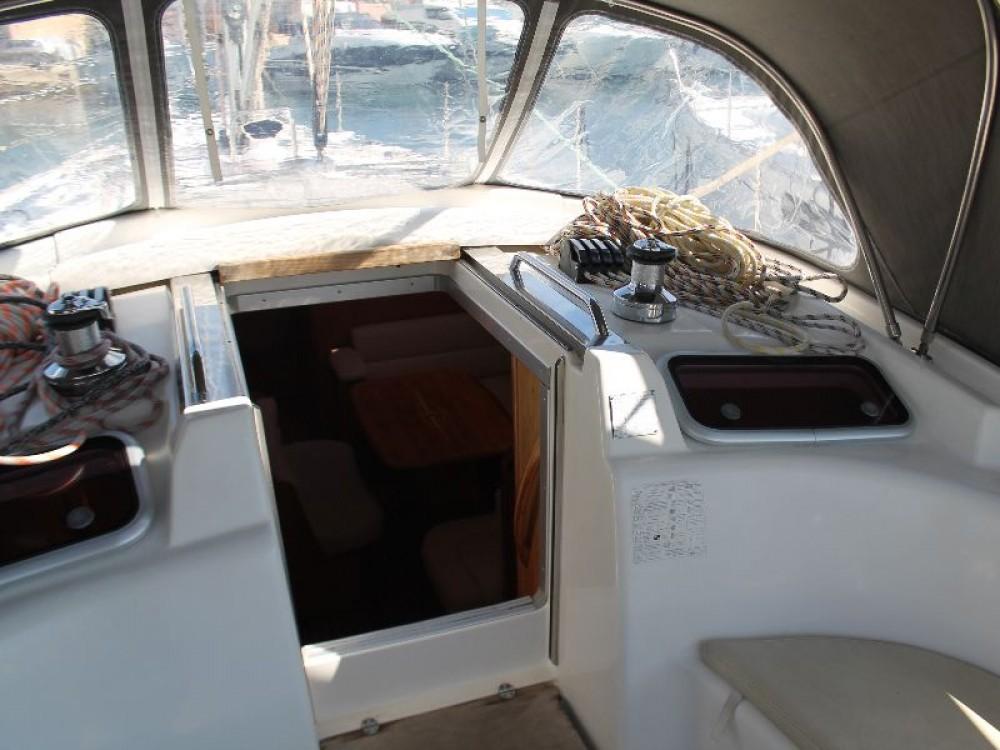 Boat rental Bavaria Bavaria 46 Cruiser Veritas edition in Skradin on Samboat