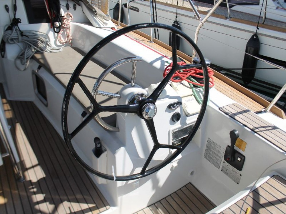 Boat rental Jeanneau Sun Odyssey 379 (2cab) in Primošten on Samboat