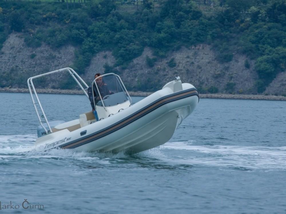 Rental Motorboat in Sukošan - Cantiere TEMPEST 600 + Honda 135