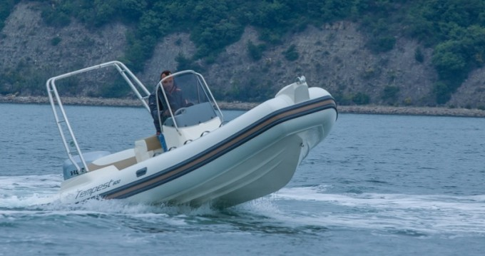 Hire Motorboat with or without skipper Cantieri Sukošan