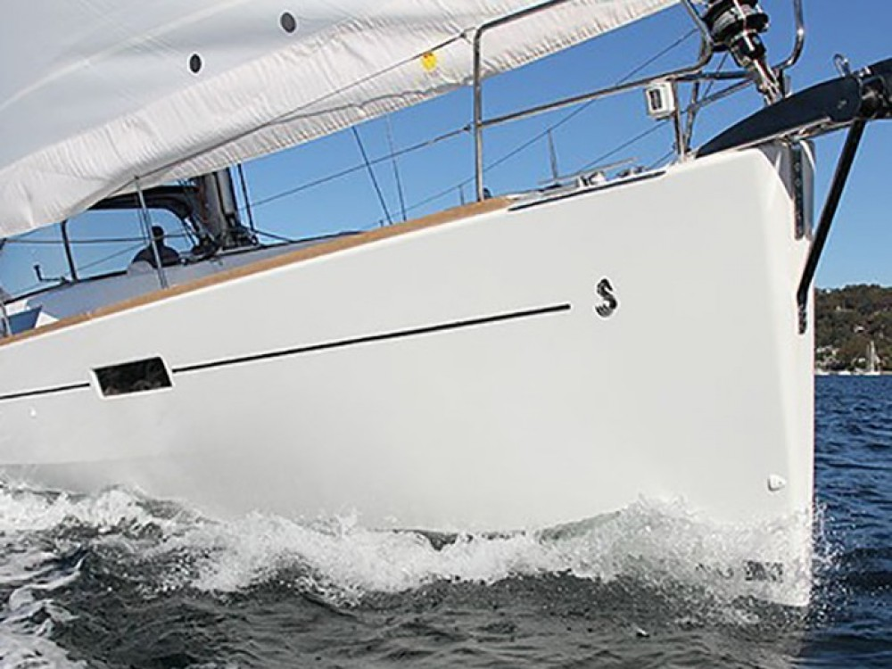 Rental Sailboat in Marmaris - Bénéteau Oceanis 45 (4 cabins)