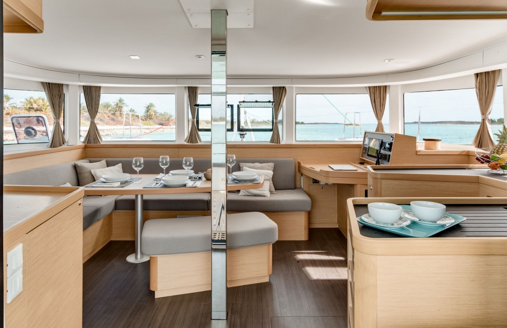 Lagoon Lagoon 42 4 cabins between personal and professional Rogoznica