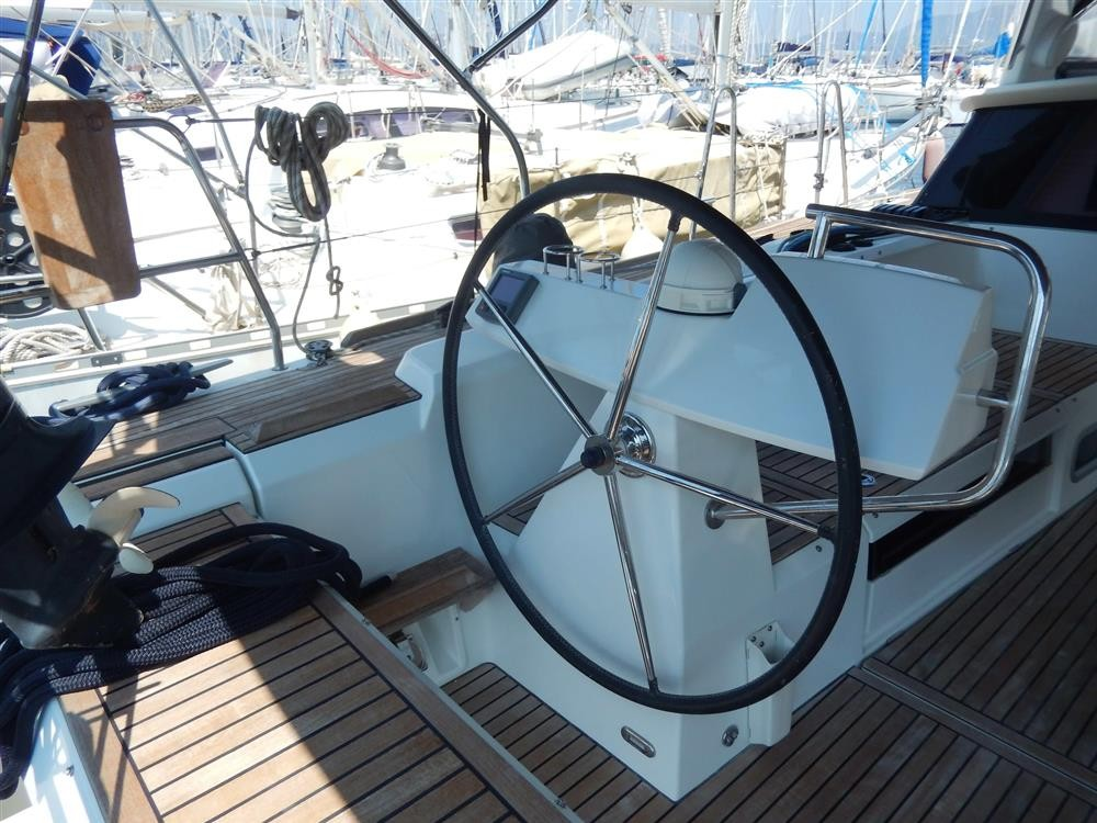 Rental Sailboat in Marmaris - Bénéteau Sense 50