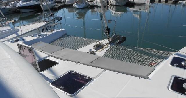 Boat rental Nettuno cheap Lagoon 421